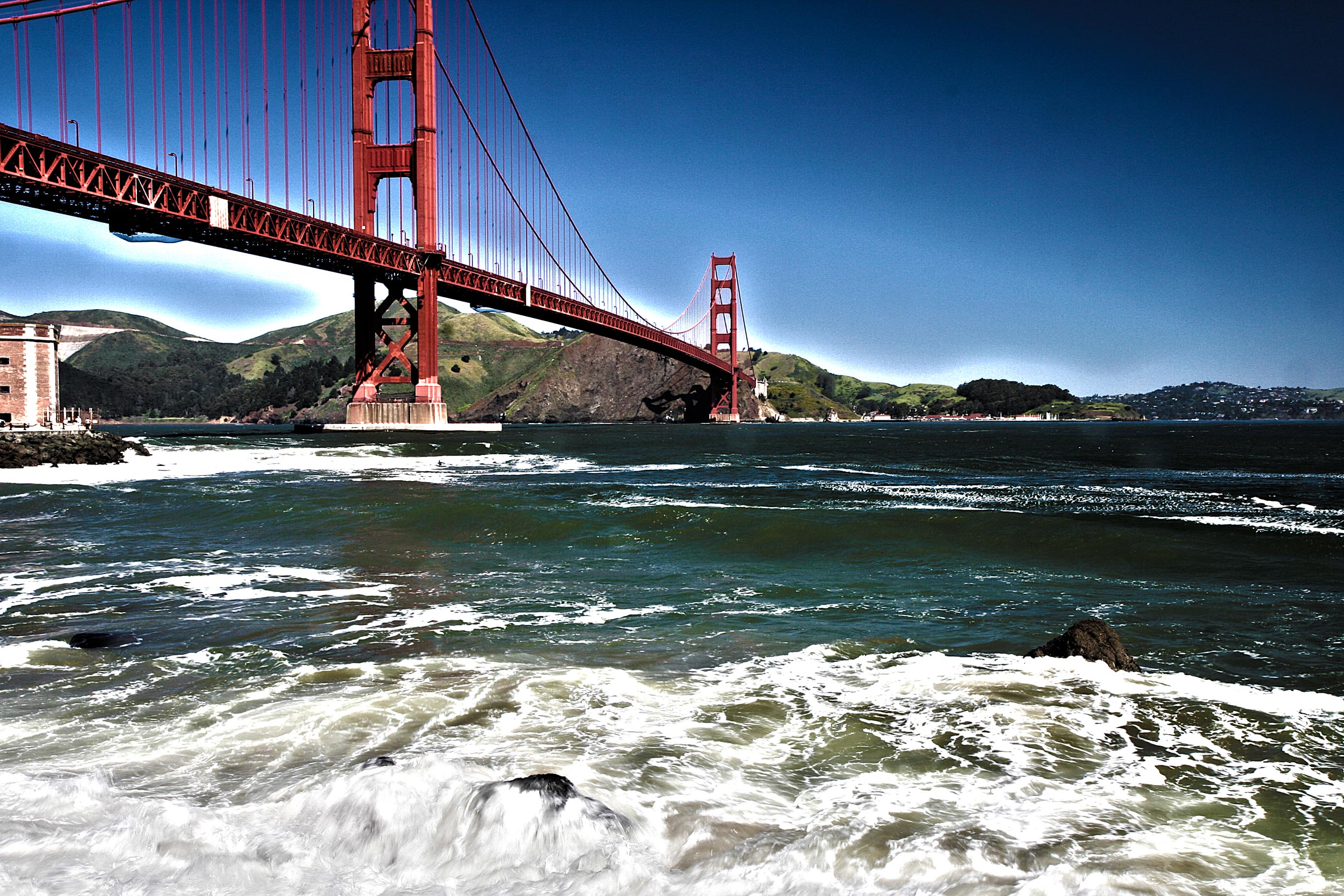 The Golden Gate bridge and the sea – HDR